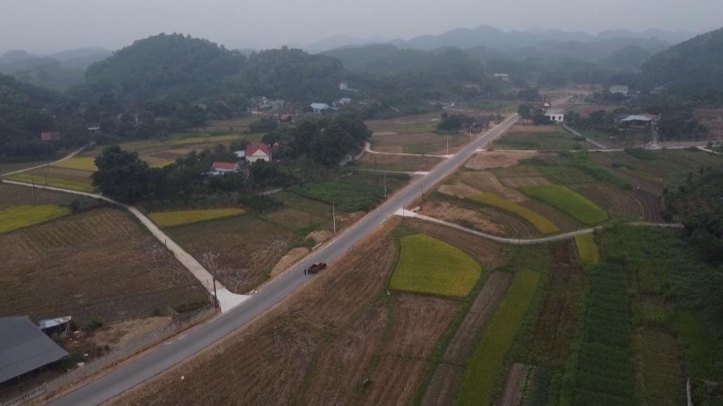 Đường mới giúp người dân phát triển kinh tế