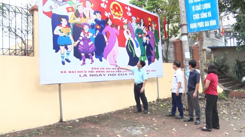 Phổ Yên: Tích cực chuẩn bị cho ngày hội bầu cử (CM THPY 20-4)