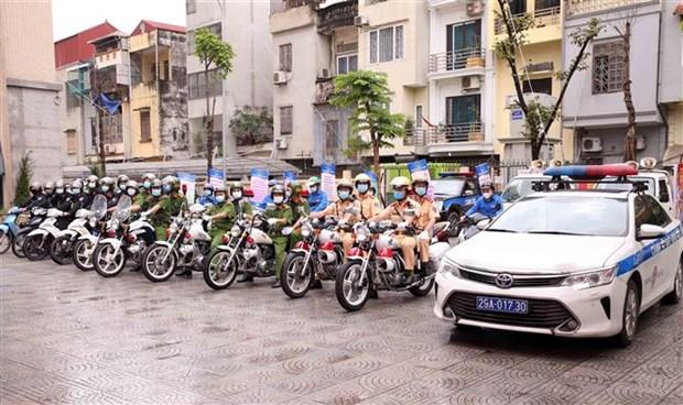 Dai tuong To Lam: Bao dam tuyet doi an ninh, an toan cuoc bau cu hinh anh 2