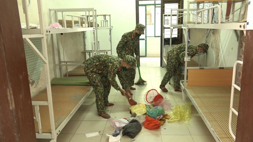 [Photo] Chuẩn bị mọi điều kiện cho việc kích hoạt khu cách ly tập trung thứ 3 tại Đại học Thái Nguyên