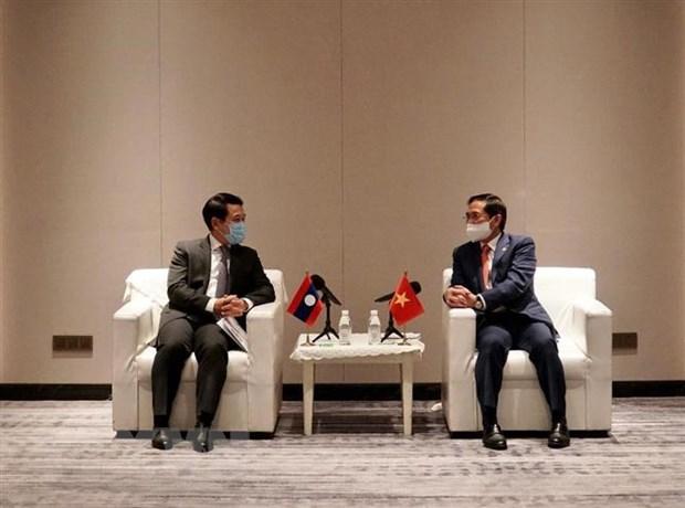 Tiếp tục đưa quan hệ hợp tác Việt Nam-Lào đi vào chiều sâu
