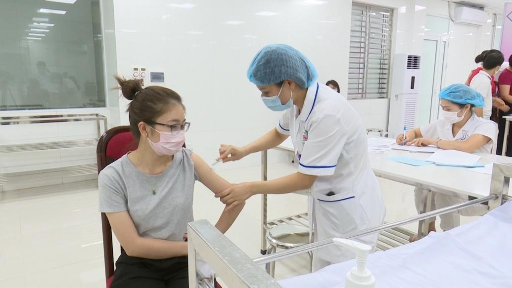 Thái Nguyên: Triển khai tiêm 17.400 liều vắc xin phòng chống COVID-19 đợt 2, năm 2021