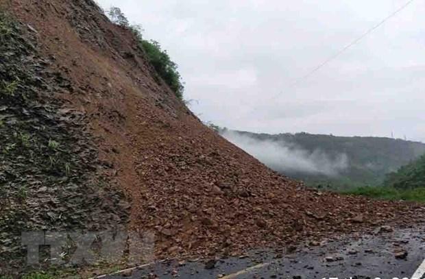 Mưa lớn gây sạt lở tại nhiều tuyến đường giao thông ở Lai Châu