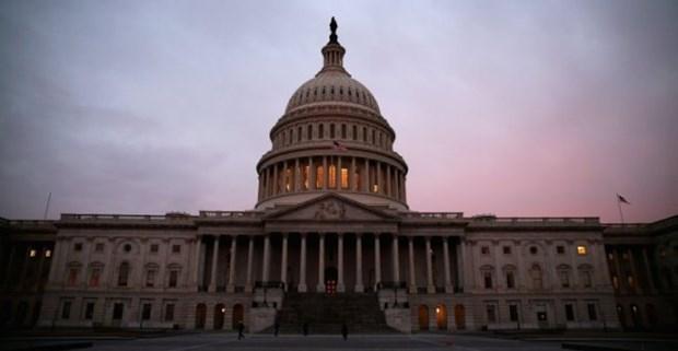 """Chính phủ Mỹ """"vượt ải"""" Hạ viện để tránh nguy cơ bị đóng cửa"""