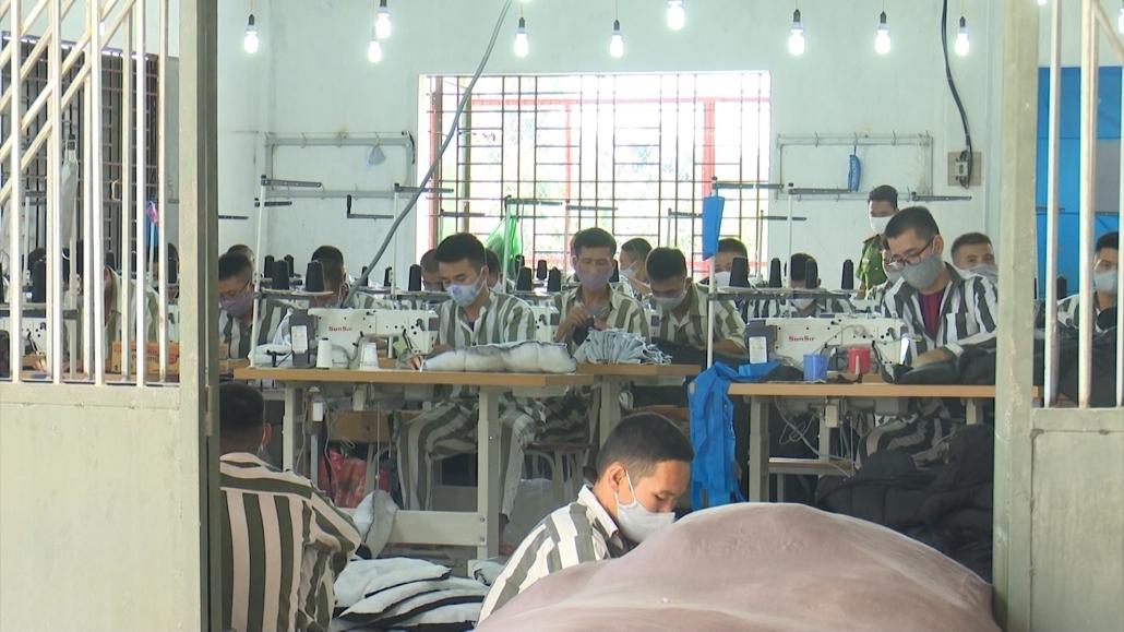 Chống dịch đi đôi với đảm bảo tuyệt đối an toàn tại trại giam