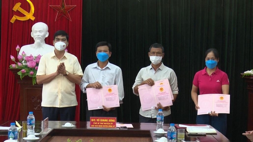 Đồng Hỷ hoàn thành trao giấy chứng nhận quyền sử dụng đất cho các hộ dân