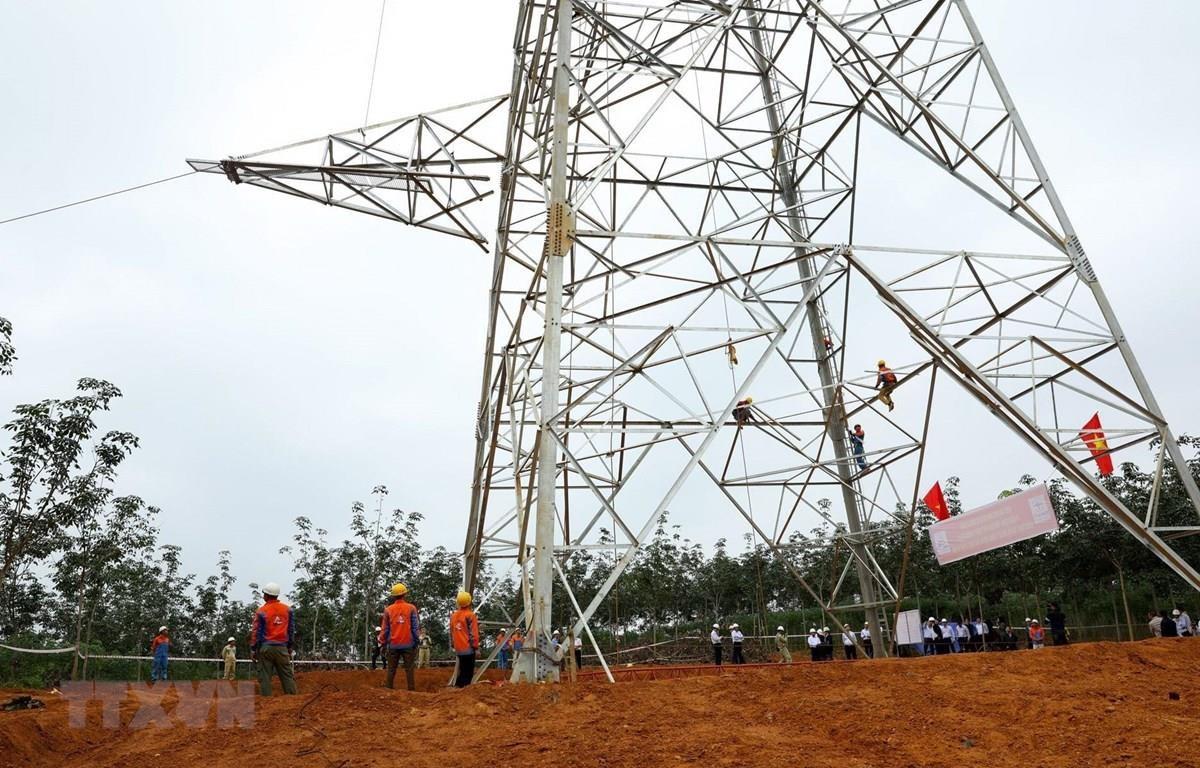 Dự án đường dây 500 kV mạch 3 có nguy cơ chậm tiến độ