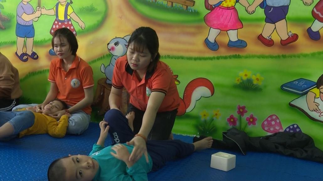 Can thiệp sớm cho trẻ tự kỷ - cơ hội giúp trẻ hòa nhập cộng đồng