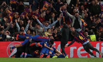 Barca sắp bị phạt vì để 'vỡ sân' trong đêm lịch sử