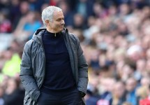 mourinho kiem tien nhieu gap doi pep guardiola