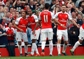 crystal palace arsenal chien dau vi champions league