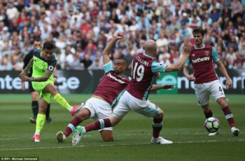 de bep west ham liverpool doi lai vi tri thu 3 premier league