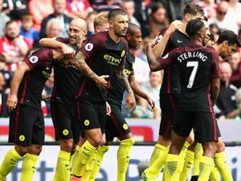 man city steaua tien buoc vao vong bang
