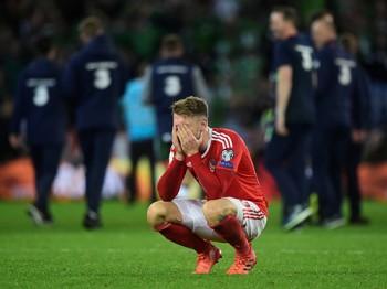 xu wales thua tran sinh tu bale lai lo hen world cup