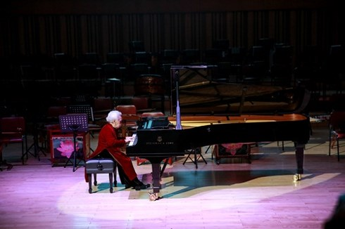 ngnd thai thi lien nguoi dat nen mong cho nghe thuat piano viet nam