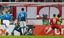 arsenal bai tran van dung dau bang europa league