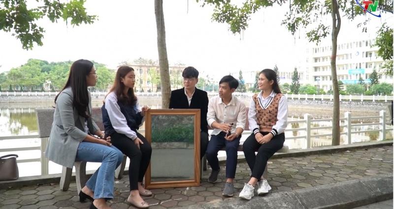 sinh vien dai hoc thai nguyen sang tao guong thong minh dieu khien bang giong noi