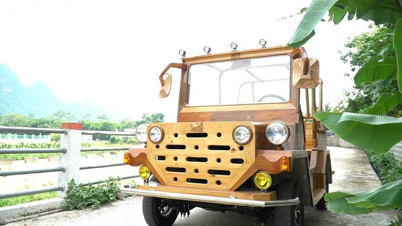 xe jeep go sang tao boi dam me
