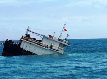 Thanh Hóa hỏa tốc đề nghị tìm kiếm 15 ngư dân mất tích