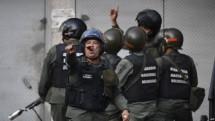 venezuela bat giu nhom binh si noi loan