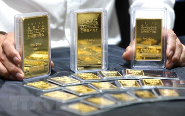"""Giá vàng châu Á tăng lên mức """"đỉnh"""" trong hơn chín năm"""