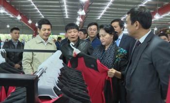 Chủ tịch Quốc hội làm việc với một số doanh nghiệp tỉnh Thái Bình