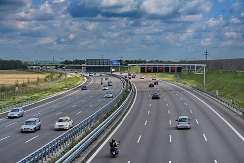 Chuẩn bị xây dựng đường bộ cao tốc Bắc - Nam qua 20 tỉnh thành phố
