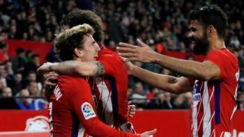 Griezmann lập hattrick, Atletico bám đuổi quyết liệt Barcelona