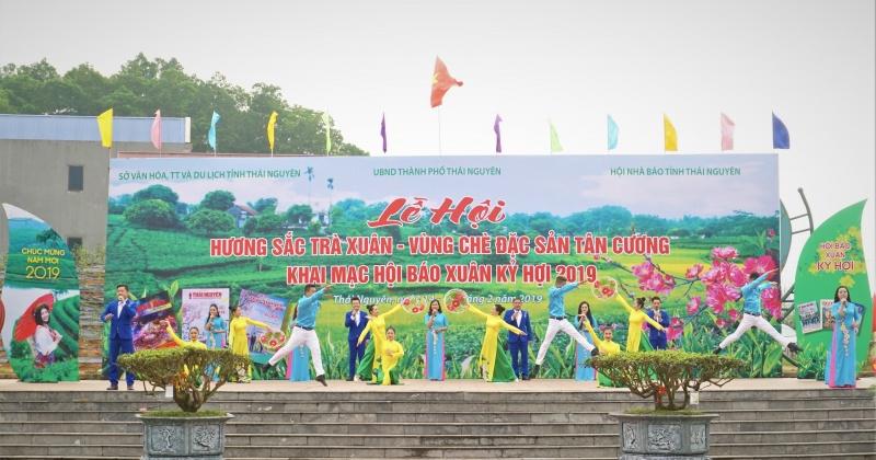thai nguyen khai mac hoi bao xuan ky hoi 2019