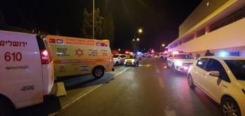 Lao xe vào đám đông, ít nhất 14 người bị thương tại Israel