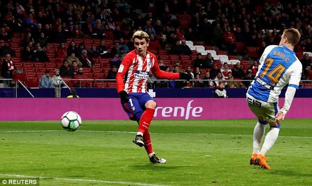 griezmann ghi 4 ban atletico chi con kem barcelona 4 diem