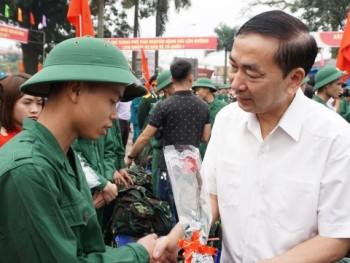 Thành phố Thái Nguyên tưng bừng Lễ giao nhận quân năm 2018