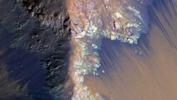 Nước trên Sao Hỏa có gì đặc biệt?