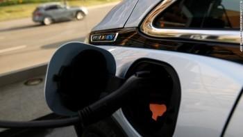 General Motors sẽ tung ra 13 mẫu ôtô điện để cạnh tranh với Tesla