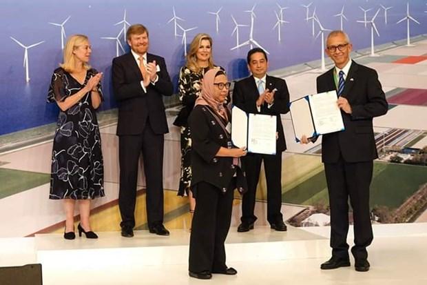 Indonesia và Hà Lan ký các thỏa thuận hợp tác có tổng trị giá 1 tỷ USD