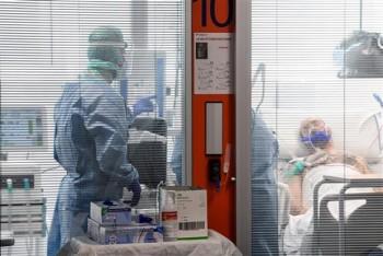 Italy: Số ca nhiễm SARS-CoV-2 tăng mạnh, Nga cử quân đội tới hỗ trợ
