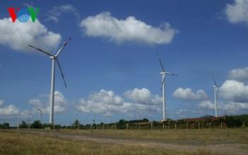 Không thể trì hoãn tăng giá điện thêm nữa?