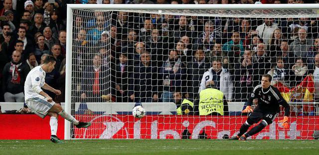 thua juventus 1 3 real madrid may man vao ban ket champions league