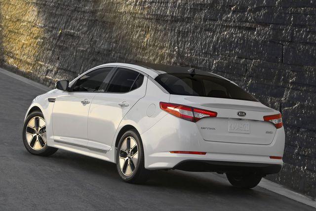 Cơ quan An toàn Giao thông Mỹ vào cuộc điều tra xe Hyundai và Kia
