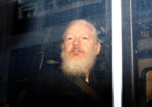 nhung qua bom cua wikileaks khien chinh phu my dau dau