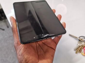 Samsung hoãn kế hoạch ra mắt Galaxy Fold tại Trung Quốc vì lỗi vỡ màn hình?