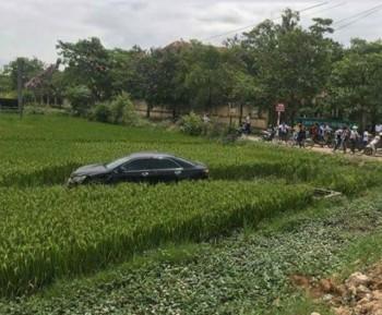 3 học sinh tử vong, 4 em bị thương sau cú tông của ô tô