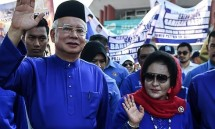 cuu thu tuong malaysia trinh dien truoc uy ban chong tham nhung