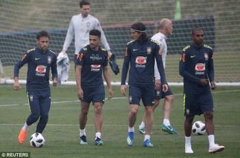 Neymar hồi phục chấn thương thần kỳ, sẵn sàng cho World Cup 2018