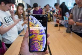 doanh so iphone giam 30 huawei tiep tuc tang truong manh