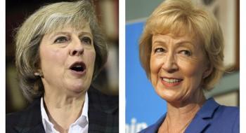Bộ trưởng Anh từ chức để phản đối bà May về Brexit