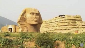 Ai Cập giận tím mặt vì tượng Nhân sư nhái như thật tái xuất ở TQ