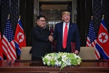 """Tổng thống Trump """"chắc chắn sẽ"""" mời ông Kim Jong-un thăm Nhà Trắng"""