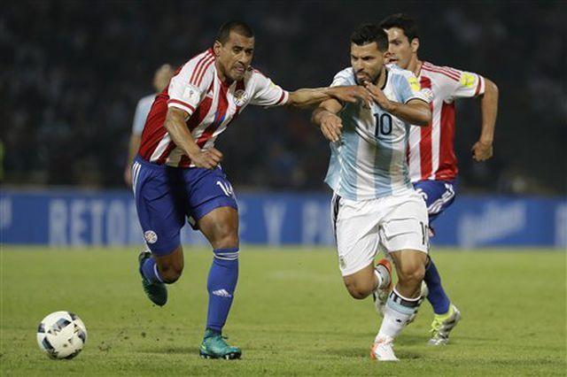 argentina paraguay cho messi ruc sang