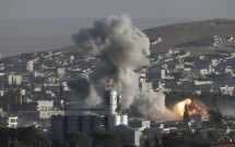 israel tan cong noi nghi dat can cu cua phe than iran o syria